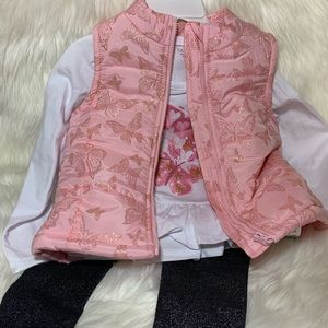 3pc Set puffer Vest with tee and leggings Size: 3T